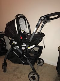 Graco SnugRider Elite Frame Stroller & SnugRide 35 Infant Car seat Manassas, 20109
