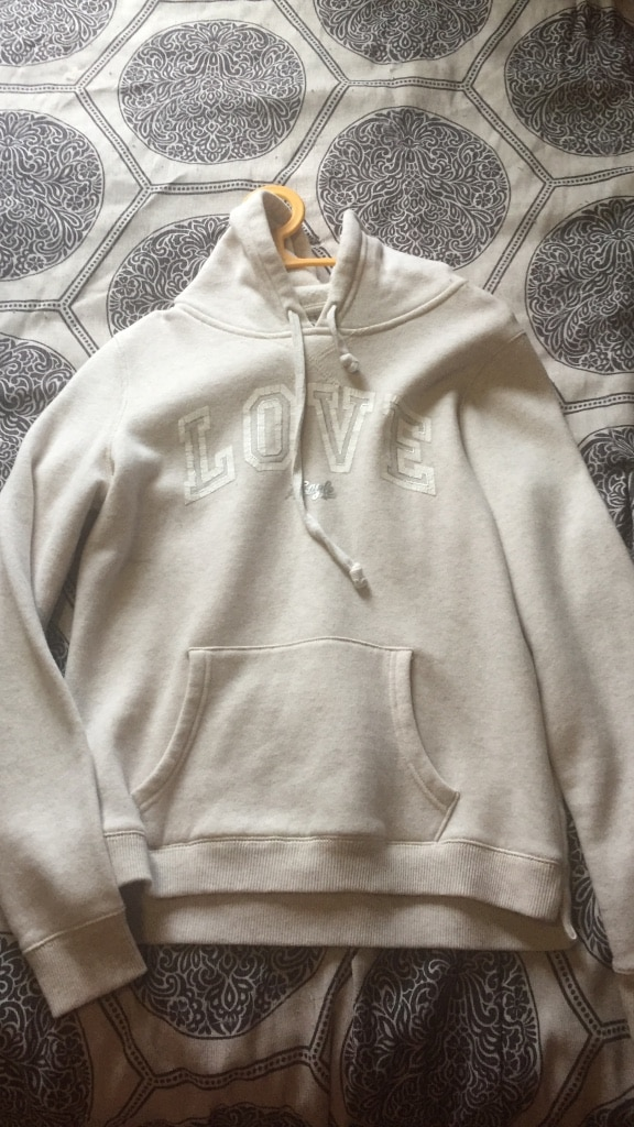 gray Love print pull up hoodie jacket