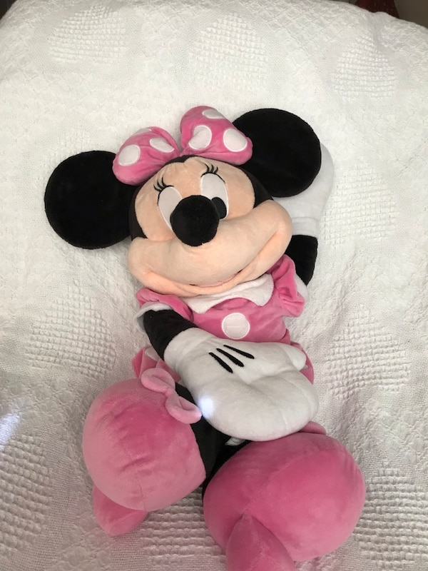 Large mini mouse  2593ca3a-5b99-4348-bca8-4bf8b818b456