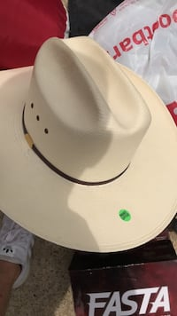 Cowboy hat size 7 1/2 Virginia Beach, 23464