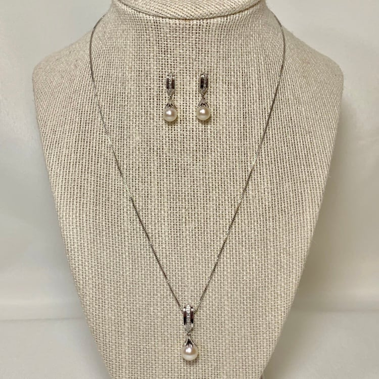 Vintage Sterling Silver Pearl Pendant & Earring with Sterling Chain
