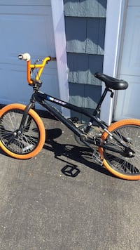 Orange and black custom bmx bike Valatie, 12184