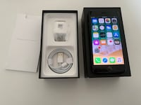 iPhone 7 (box and accessories) Like new. Factory unlocked  Toronto, M8V 3X1