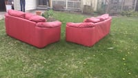 2 red leather couches, need gone asap! Reynoldsburg, 43068