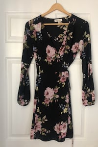 Black Floral Long-Sleeved Wrap Dress - Size Small  Barrie, L4N 8W3