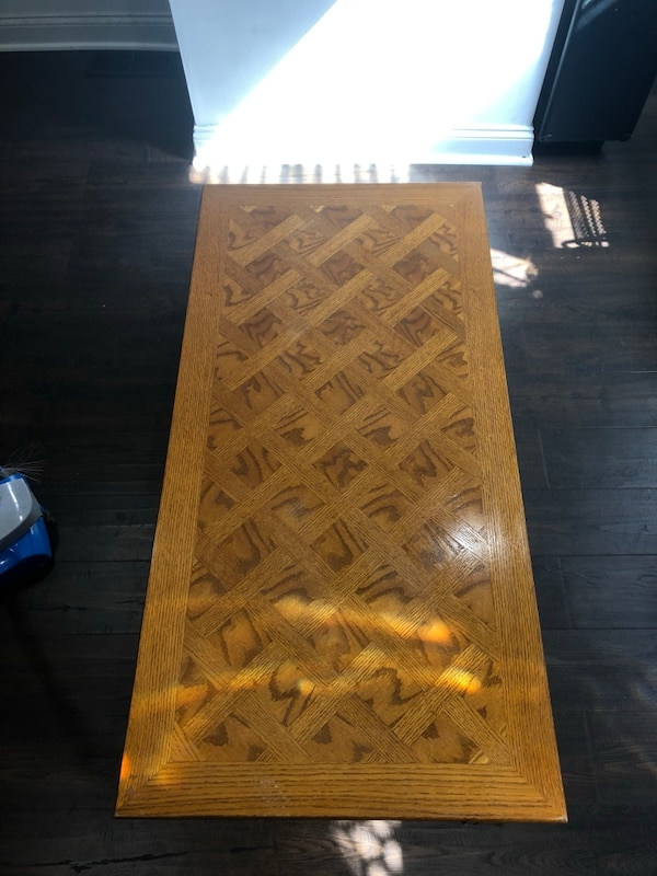 Coffee Table 9f64b7a8-bc26-438c-9df0-89e93be235bf
