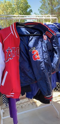 Angels jacket reversible. Men's large.good condition. Apple Valley, 92307