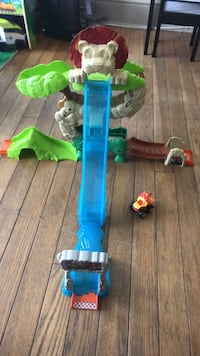 blue and green plastic toy Silver Spring, 20906