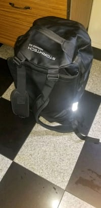 Dry bag used in new condition  Surrey, V3W 7X2