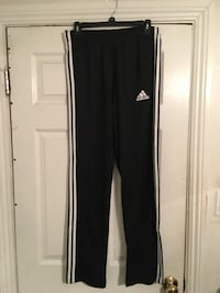 Brand New Adidas Sweats size M (Mens) Bakersfield, 93307