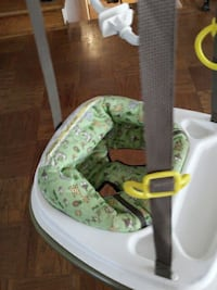 baby's white and green hanging jumper Alexandria, 22304