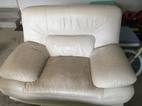 3 pc Leather Sofa  Hamilton, L8B 0R4