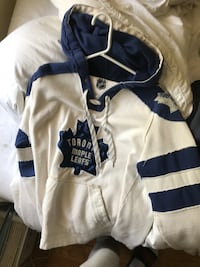Maple leaf hoodie size small fits bigger  Toronto, M6S 4L7
