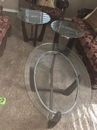 round clear glass top coffee table Riverside, 92503