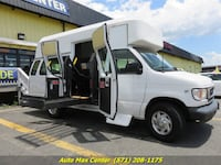 2001 Ford E-350 - Wheelchair Handicap Van Manassas