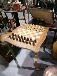 Chess table. R244 Innisfil, L9S 3V9