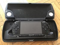 Sony psp 1000 with case but battery is very weak and u have use the power jack to play Toronto, M6K 2X7