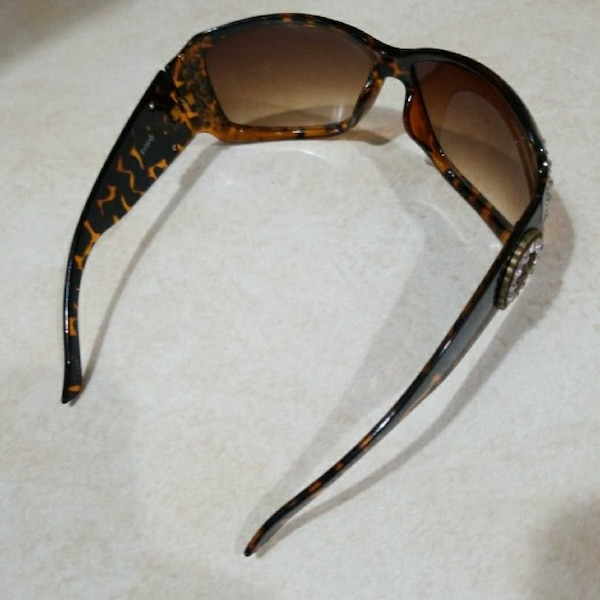 6632860f5a Used Solaray A-STAR-V 1458-A Rhyme stones Sunglasses am for sale in Milford  - letgo