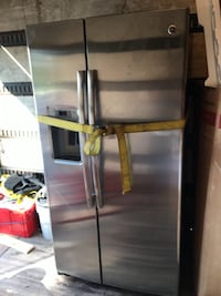 GE REFRIGERATOR SIDE BY SIDE PROFILE FRIDGE  Laurel, 20708