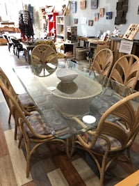 Rattan dining table with 6 chairs Toronto, M6P 1Y8