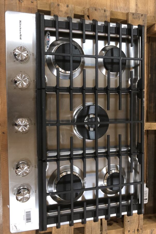 Ovens and cooktops  8c2f964a-8736-4770-a169-24039264fe9d
