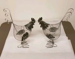 Rustic wire roosters