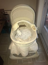 baby's white and gray bassinet Woodbridge, 22193