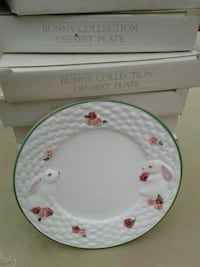 Avon Bunny Collection Plates (8) Santa Maria, 93454