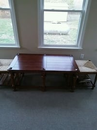wooden coffee table with 2 stools Albertville, 35950
