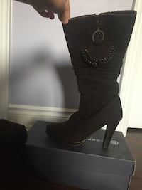 High heeled boots woman's size 39 East Gwillimbury, L0G