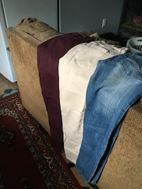 Name brand jeans never or lightly worn Welland, L3B 3N7