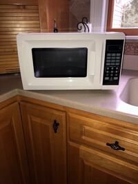 Gently used microwave, great condition! Plainville, 06062