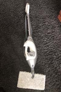 Floor steamer by Shark Mississauga, L5H 1B2