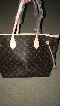 Louis Vuitton bag Tullahoma, 37388