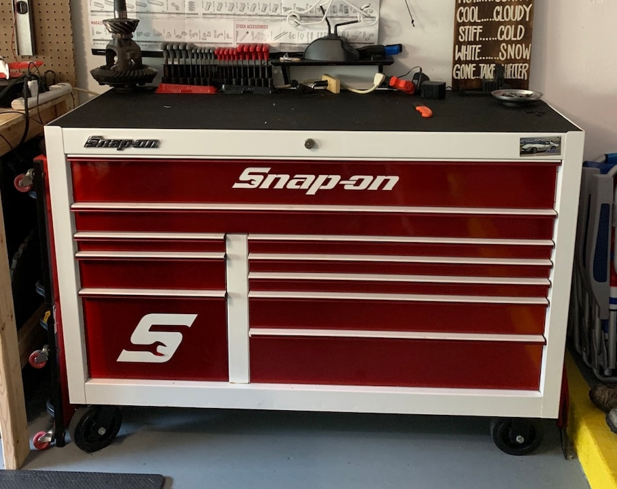 White And Red Snap On Tool Cabinet 55u201d Long 24u201d Deep 39u201d High