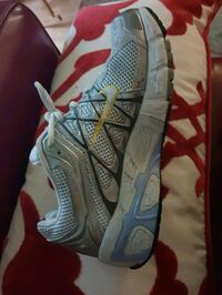 Woman Nike runner, size 8(39) North Vancouver, V7P 1R3