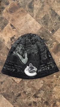 black and white Hockey print knit cap Surrey, V3V