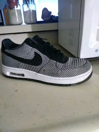 gray and black Nike running shoe Bakersfield, 93308
