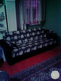 black and white floral padded couch Bursa, 16200