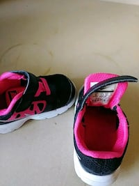 pair of pink-and-black running shoes Citrus Heights, 95610