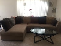 Comfortable Sectional Couch with Lots of Pillows! Los Angeles, 90034