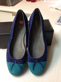 New Pair of blue suede flats 3730 km