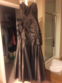 Beautiful maxi dress size 14 color brown  Stafford, 22556