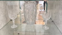 two clear cut glass vases Laurel, 20723