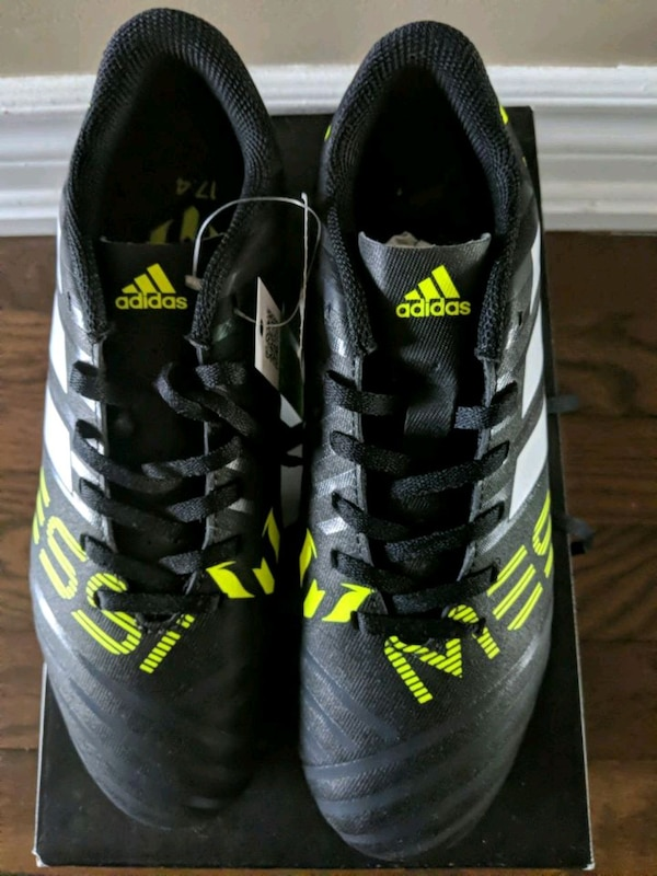 05cfc3b3f Used New! Adidas Messi Soccer Shoes - Size 5 for sale in Brampton - letgo