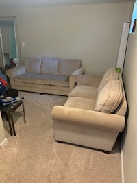 Couch, love seat & ottoman....selling together Temple Hills