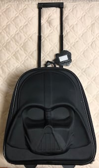 2 Star wars rolling luggages