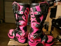 Fox comp 5 boots womens size 8 Denver, 80209