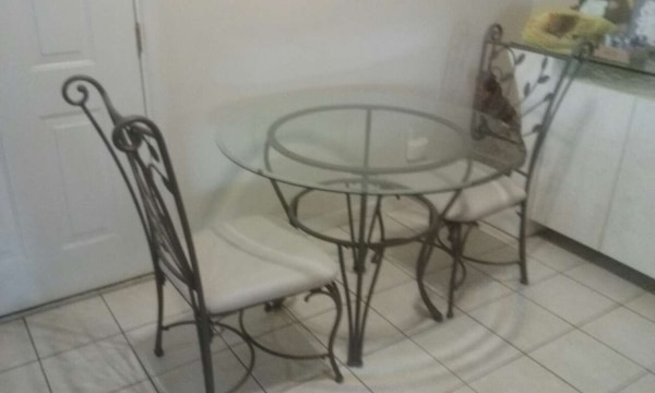 Wondrous 7 Pc Dinette Set W Bar Stools Gmtry Best Dining Table And Chair Ideas Images Gmtryco