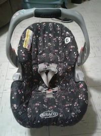 baby's black and gray Graco car seat carrier Oklahoma City, 73108